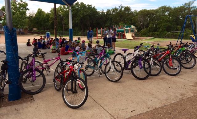 Casis_PEClass_bikes&kids_1