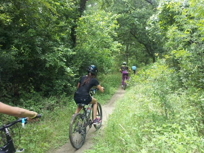 Mendez-bike_club-20150618-thu (2)